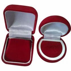 Velvet Jewelry Ring Box