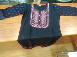 Ladies Fashion Garments