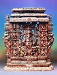 Wooden Vinayagar 5 Feet Statue With Yazhi