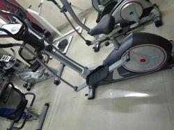 Gym Equipments Leg Pull Down