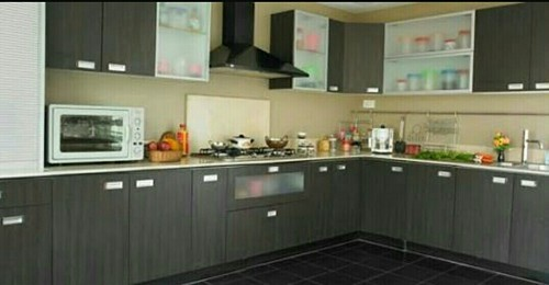 Marine Ply Laminate Kitchen