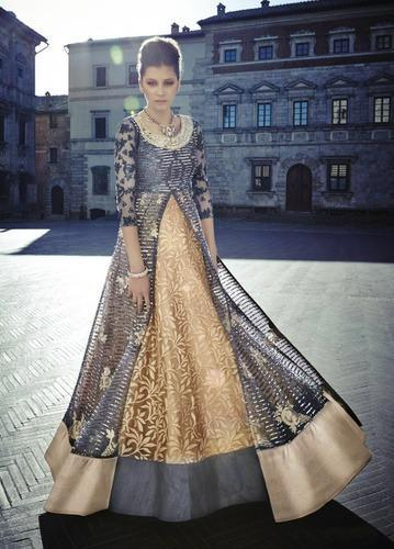 Party Wear Designer Gowns at Rs 7100 /piece | Party Gowns | ID ...