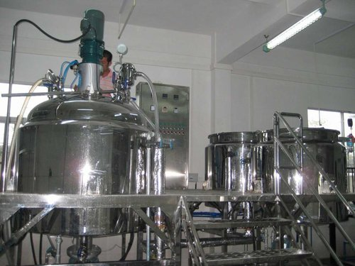 Stainless Steel Ointments Manufacturing Vessels, Capacity: 20-100 L