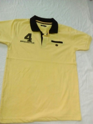 Half Sleeve Yellow and Black Men Casual T Shirt, Size: Small