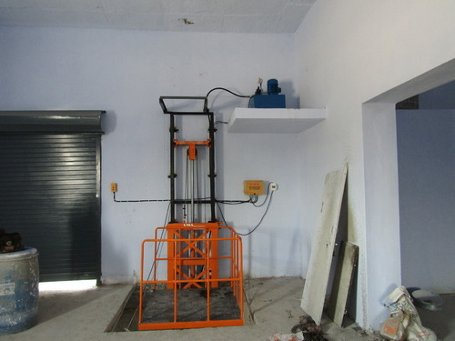 Manufacturer Of Hydraulic Goods Lift Amp Goods Lift By Uma
