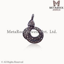 Design Diamond Charm Pendant
