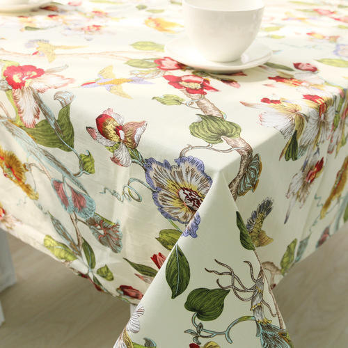 Lovely Lucky 100 % Cotton Printed Tablecloth, Size: 80x102 Cm