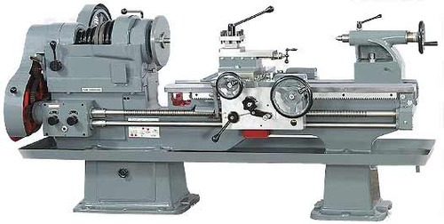 Rajkot Heavy Duty Lathe Machine