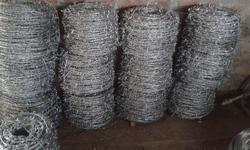 Silver Steel wire Barbed Wire Fencing, Size: 13*13