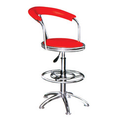 Revolving Master Chair