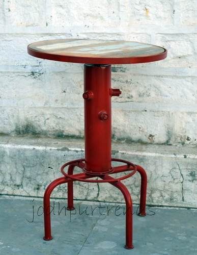 Delicieux Metal Round Small Industrial Center Table Design, Height:110 Cm