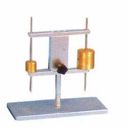 Needle Apparatus