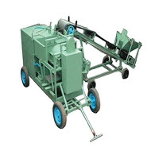 Solid Clay Brick: Solid Mild Steel Automatic Clay Brick Machine, For