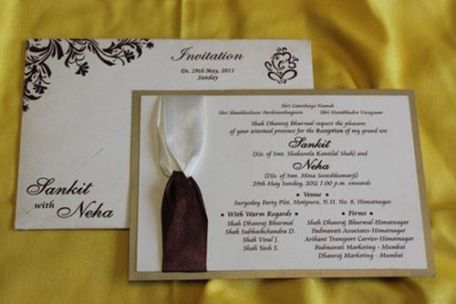 Engagement Invitations Card View Specifications Details