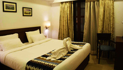 Deluxe Double Room Booking Servce