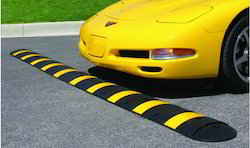 Heavy Duty Rubber Speed Hump