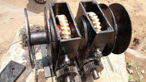 Winch Machine Double Gear Double Drum Winch Manufacturer