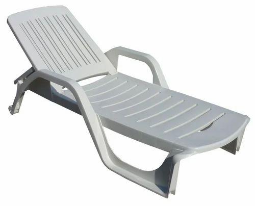 Swimming Pool Deck Chair | Dhanraj Pools | Wholesale Trader in ...