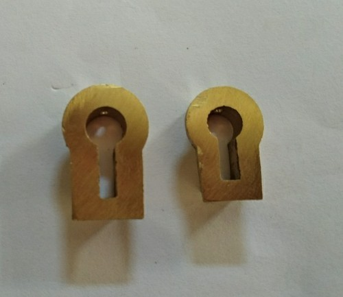 Brass Key Hole, Weight: 6 g