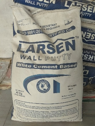 Larsen Wall Putty