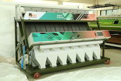 Trendz-7 Chute Tri Chromatic Color Sorter Machine