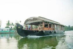 1 Bed Room Deluxe Houseboats in Kerala