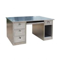 Stainless Steel Silver SS Storage Drawers Table, For Restaurants