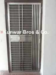 Steel entry door manufacturers suppliers exporters for Entry door manufacturers