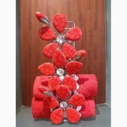 Flower Design Towel Stand