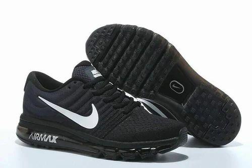 Running Black Nike Sport Shoes, Size