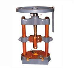 Pillar Fly Press
