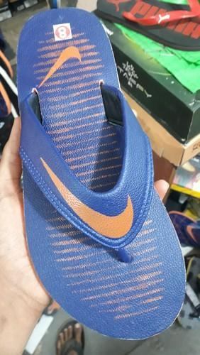 low priced 2c0b7 8e548 Nike Slippers
