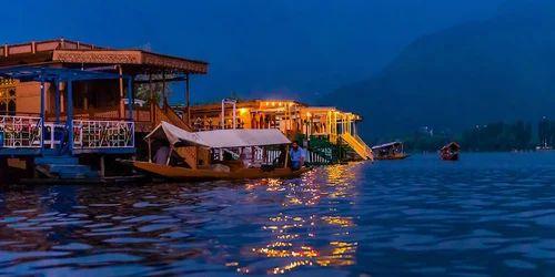 ผลการค้นหารูปภาพสำหรับ Lake Dal