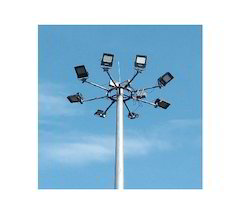 High Mast Lighting System With Solar
