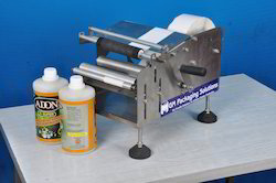 Manual Round Bottle Labeling Machine