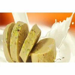 Malai Kulfi Roll Cut Ice Cream, Packaging: Box