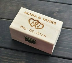 Junglewood Engraved Wedding Memories Box With Classy, Wreath Design - Wedding Keepsake Box, Gifts For Newly Wed