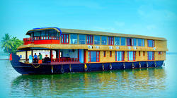 Six Bedroom House Boat Service