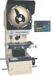 Profile Projector With Digital Data Processor