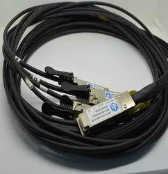 DaKSH DAC 40G 26AWG 5M LC 0-70(D-QSFP-4XSFP)) Cable
