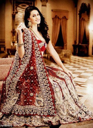 Wedding Dresses - Bridal Wedding Dresses Retailer from Pune