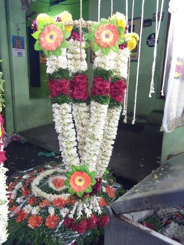 Maalai Samagi Taj Marriage Flower Garland Exporter From Madurai