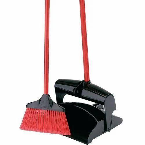 Garbage Shovel Wind Proof With Brush कचरे वाला फावड़ा