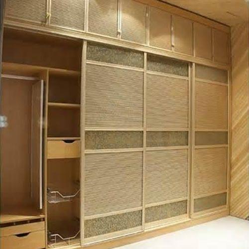 Bedroom Designs From Professionals In Hyderabad  C2NyYXBlLTEtRHBWSGVH: Plywood Custom Sliding Wardrobe, Pioneer Modular Seatings