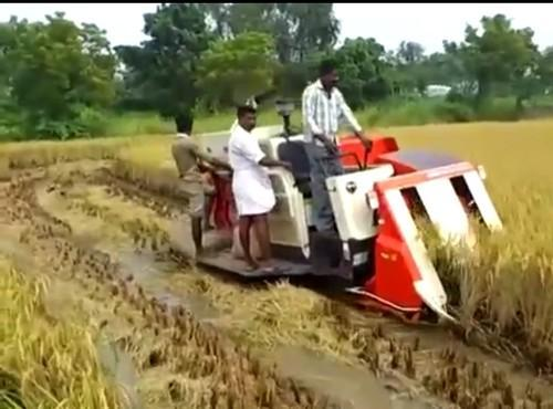 Mini Combine Harvester 50 70 Hp Rs 1350000 Piece Vj Agro Services