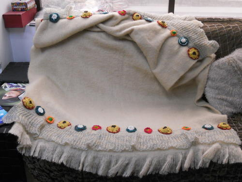 Woolen Embroidered T 6026 Beige Handloom Throw For Home Textile Rs 950 Piece S Id 11623609712
