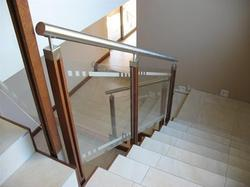 Stainless Steel Wood Balustrade with Glass