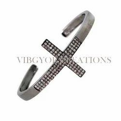 925 Braclete Cross Pave Diamond Cuff Bracelet, Packaging Type: Box