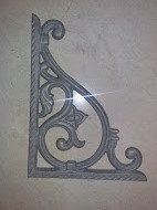 Cast Iron Corner