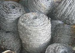 Silver Galvanized Iron Barbed Wire Roll, For Fencing